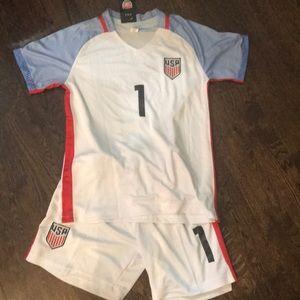 Other - ⚽️ 🇺🇸 Girls USNT soccer set 🇺🇸⚽️